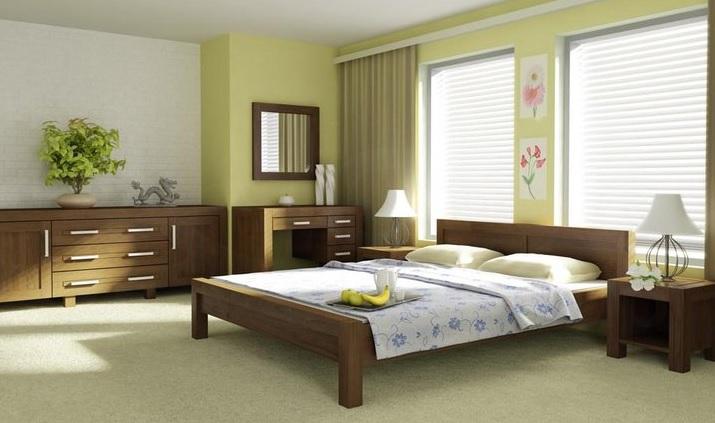 Drevená manželská posteľ moderná