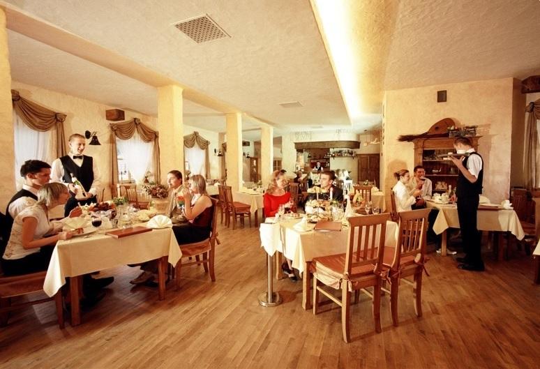 Nábytok pre reštauráciu