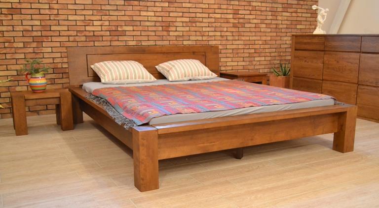 Luxusná manželská posteľ