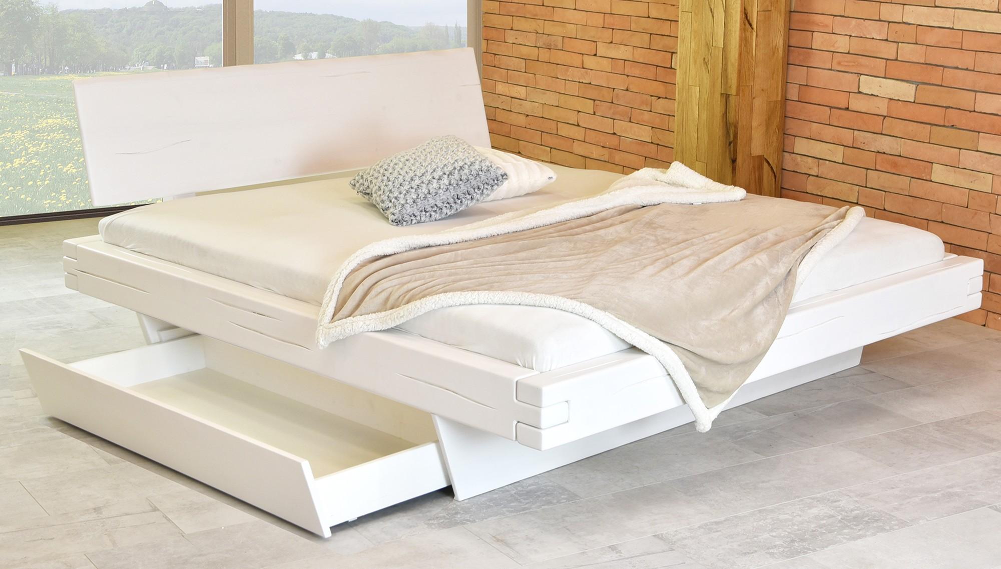 55eba90059c0 Biela manželská posteľ 180 x 200 s úložným boxom