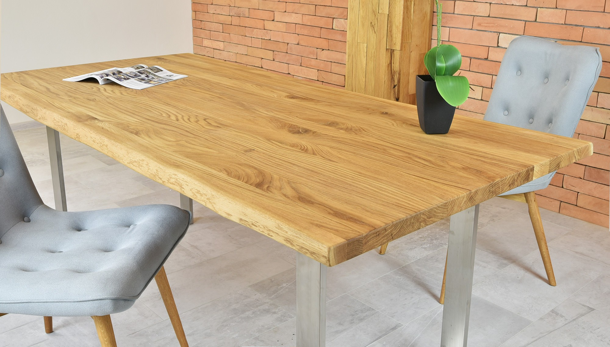 Luxusný nábytok do jedálne Mirek