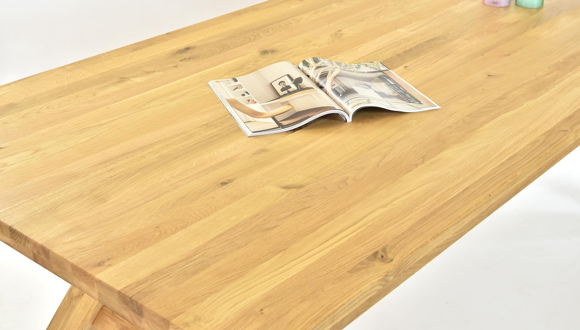 Dubový stôl 100 % masív, a celodrevená dubová stolička masív