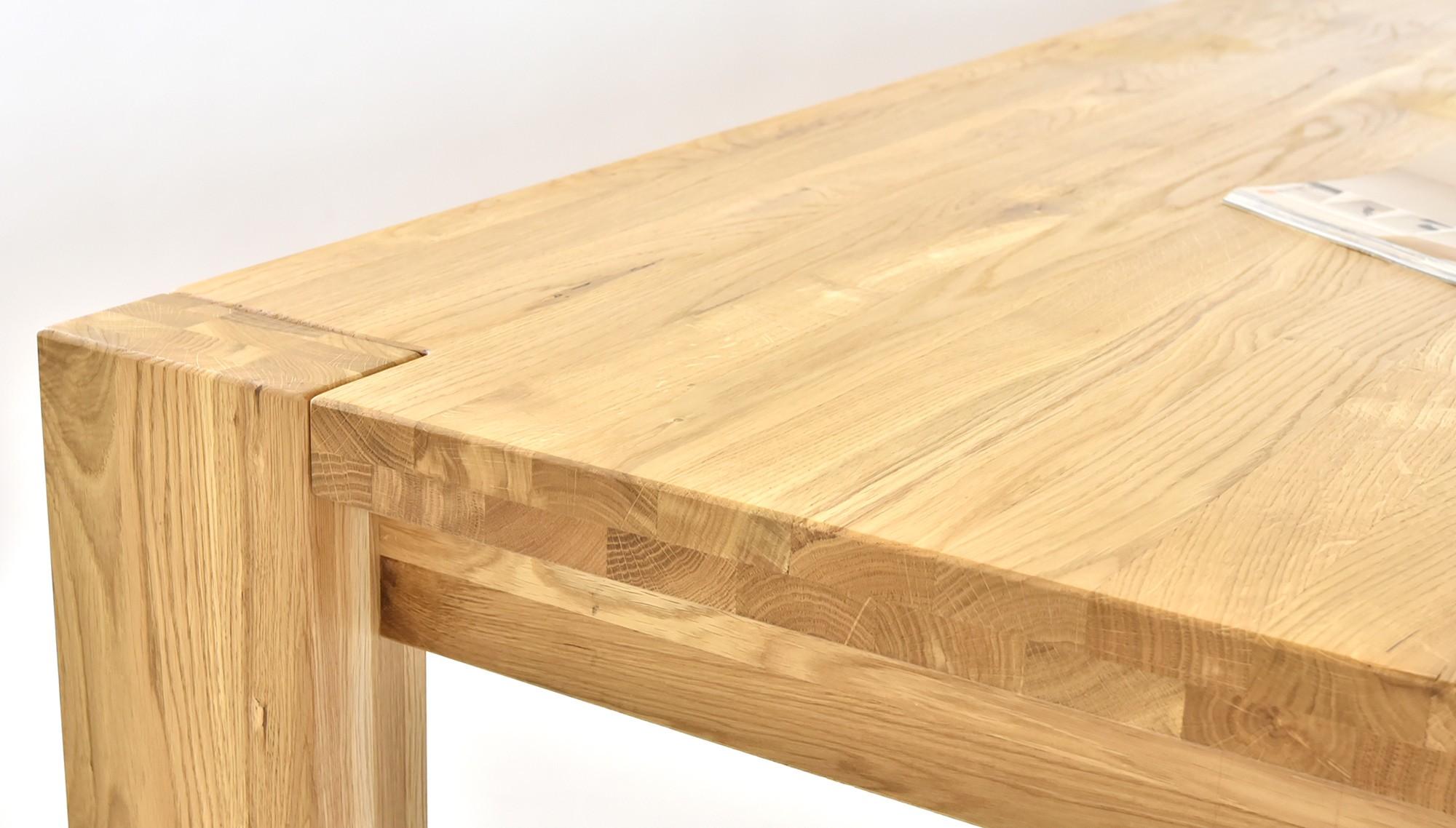 Stôl do jedálne z dreva akcia