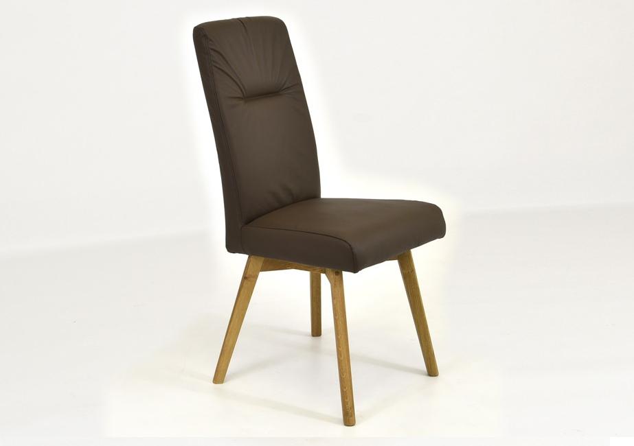 hnedá kožená stolička do jedálne