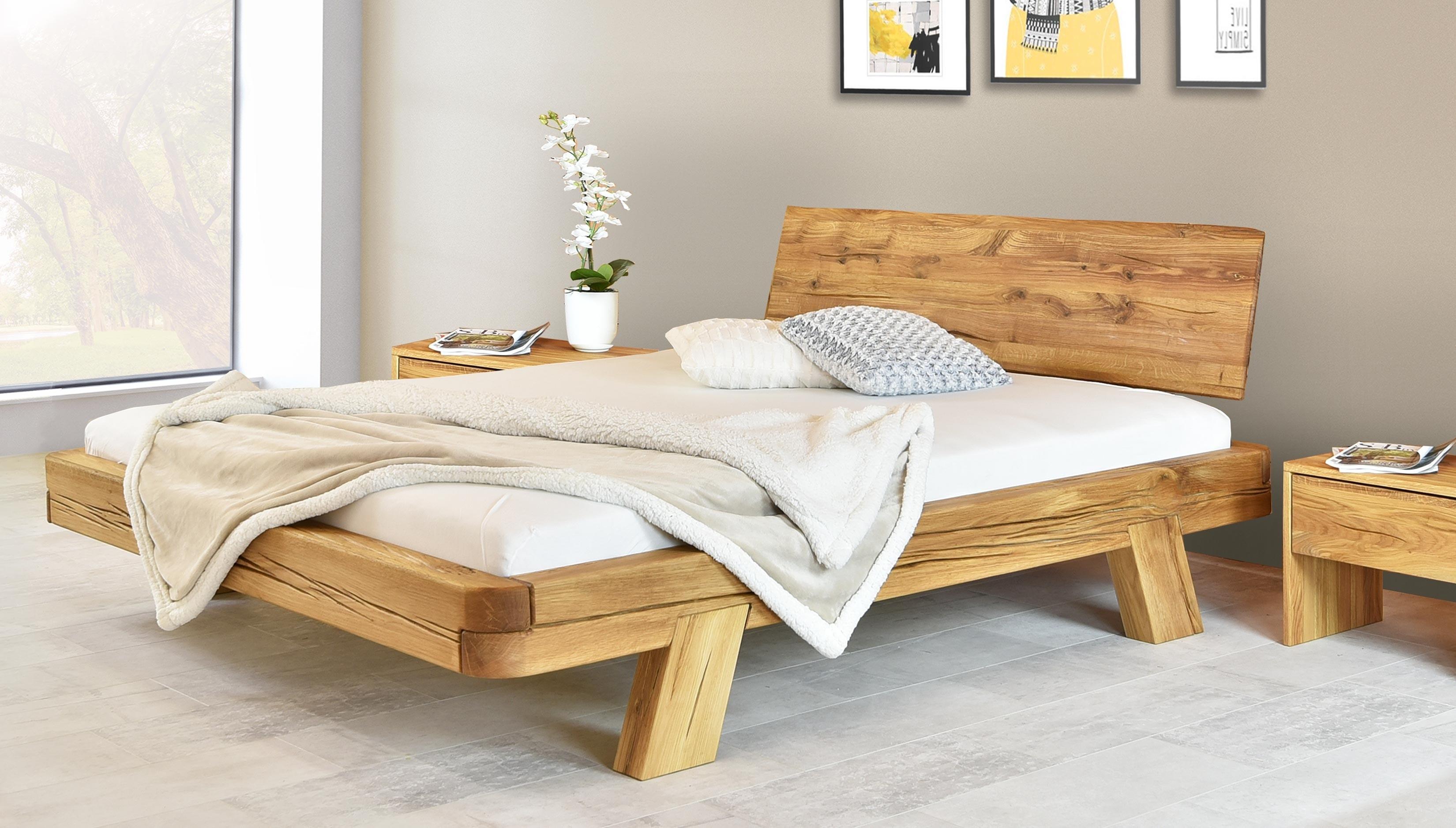 trámová postel