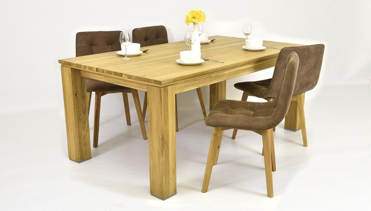 Pevný dubový stôl