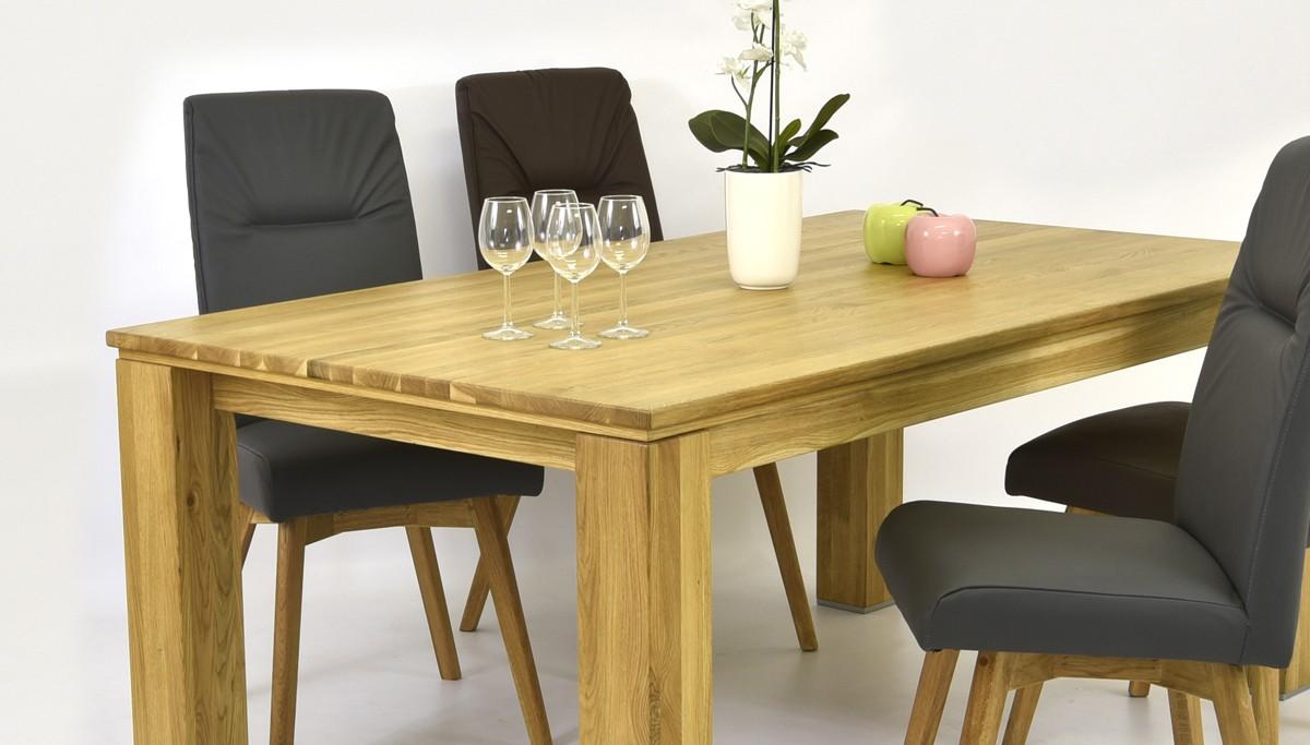 68600e817123 ... Jedálenský stôl z dubu + kožené stoličky ...