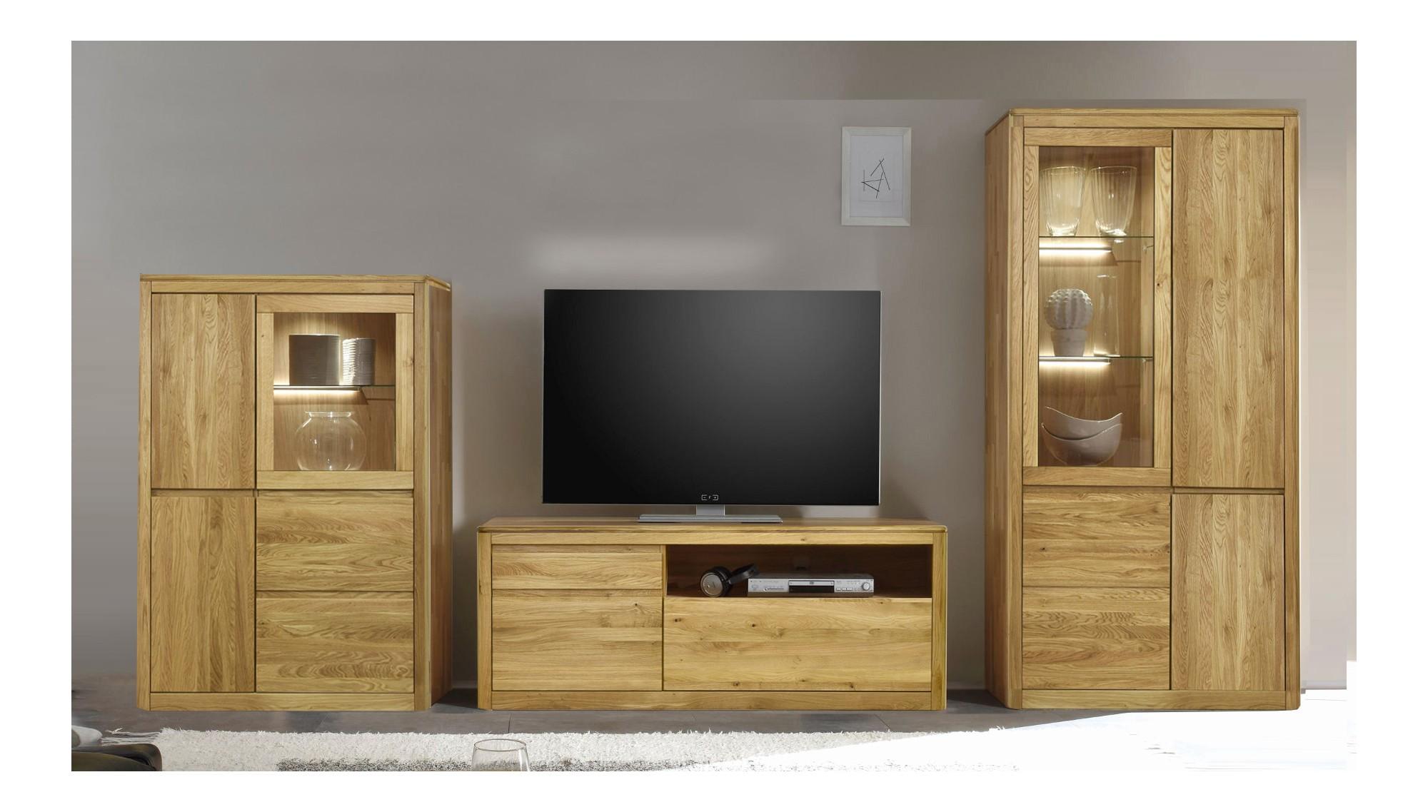 Dubový nábytok do obývačky