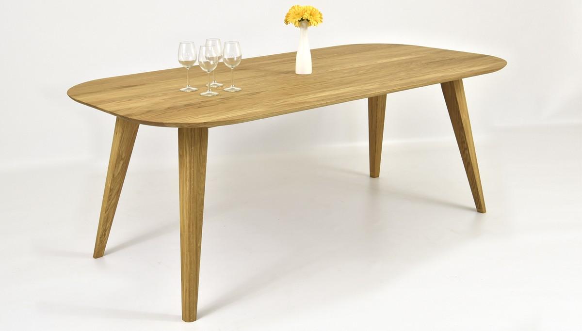 Dubový stôl oblé hrany
