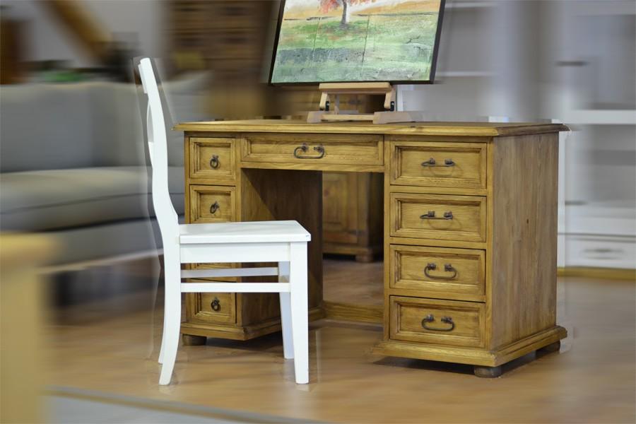 Drevený počitačový stolík