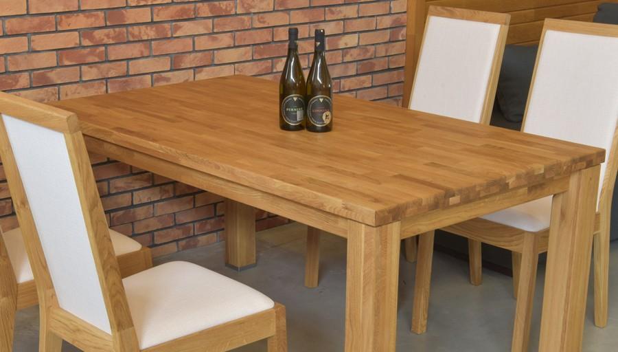 662fa6b11858 Dubový stôl do jedálne so stoličkami
