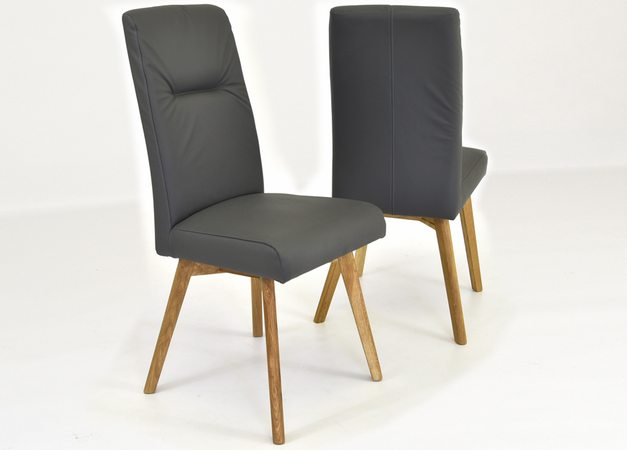 sivá kožená stolička do jedálne