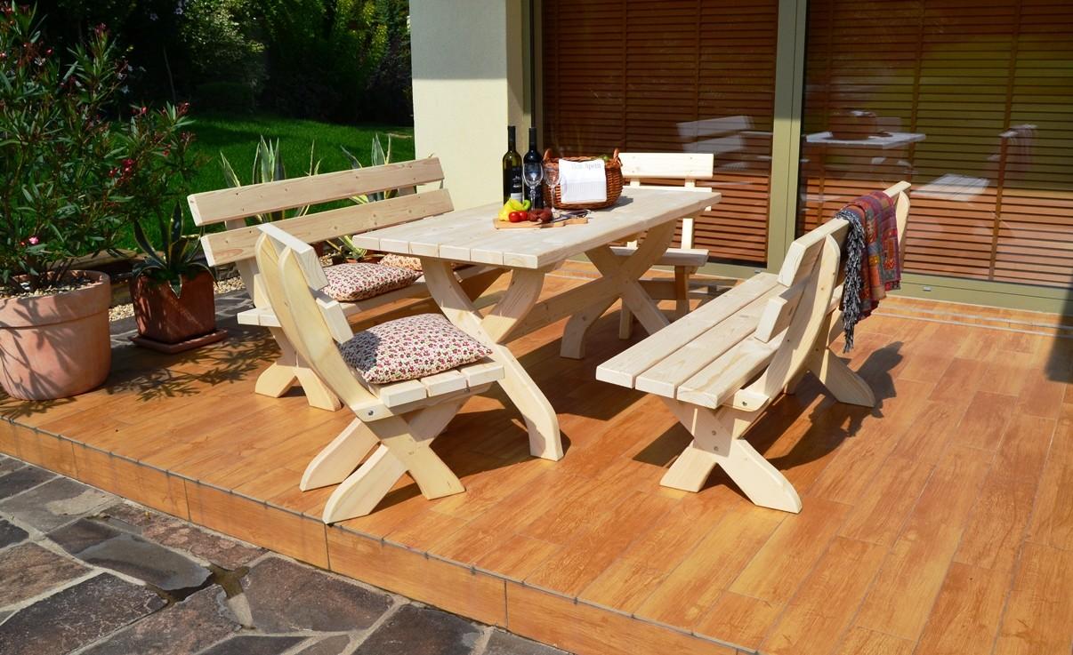 Záhradná súprava so smrekového dreva