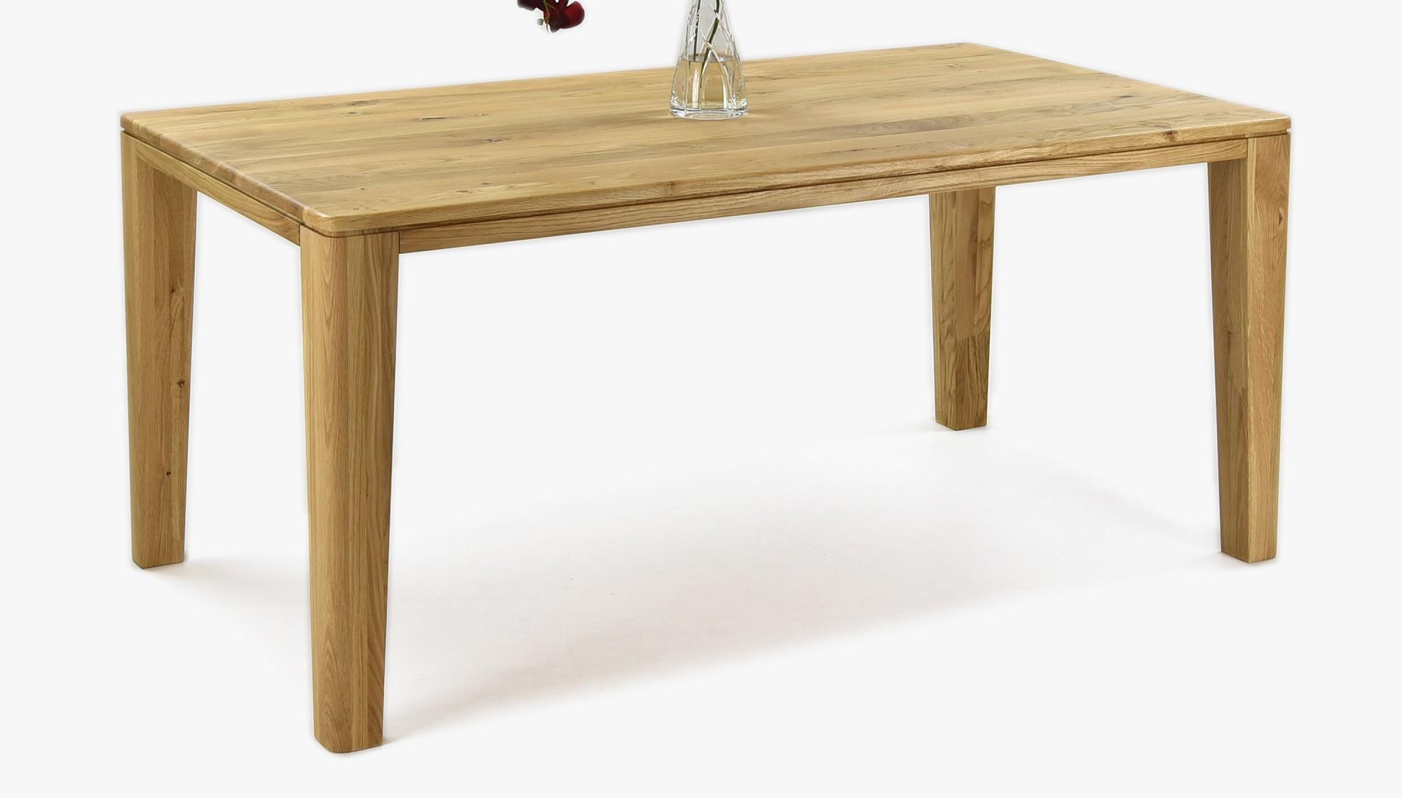 Pevný dubový stôl do jedálne  od firmy MIREK