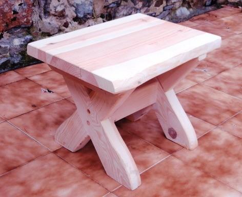 Záhradný stolček smrek - gazdovský vzor