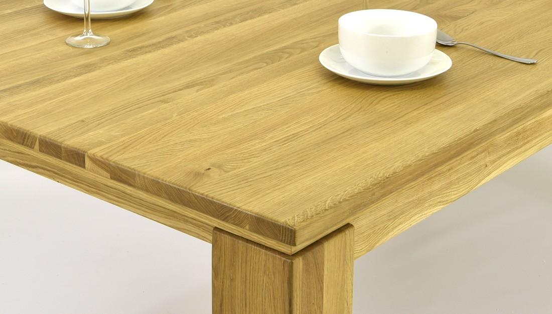 46021bfb8060 ... Jedálenský stôl z dubu (pre 4 až 6 osôb) ...