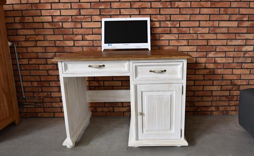 Vidiecky počítačový stôl malý