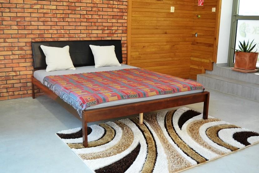 Vintage postele z dubu