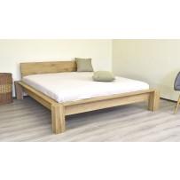 Drevená postel dub masív