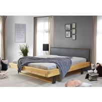 Pevná manželská posteľ z masívu