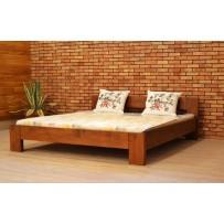 Moderná manželská posteľ z masívu farba orech