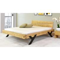 Kvalitna a pevná drevená postelel z masívu