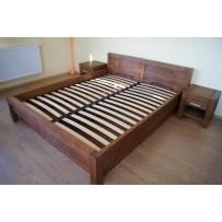 Masívna posteľ s úložným priestorom (140, 160 alebo 180 x 200)