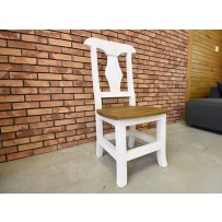 Jedálenská rustikálna stolička