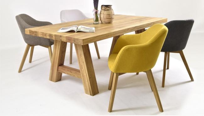 Dubové stoličky